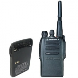 Motorola GP-344 - Talkie-walkie professionnel 16cx VHF ou UHF