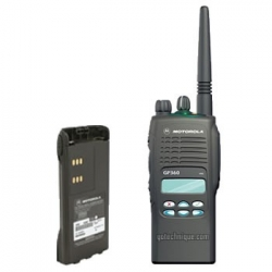 Motorola GP-360 - Talkie-walkie professionnel 255cx VHF ou UHF